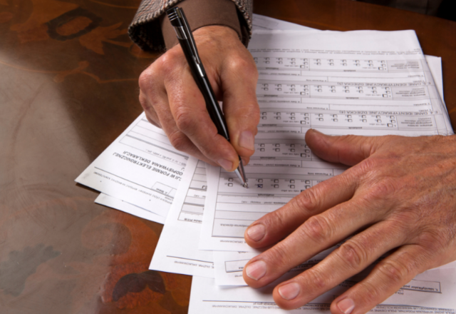 How to complete an effective reporting form